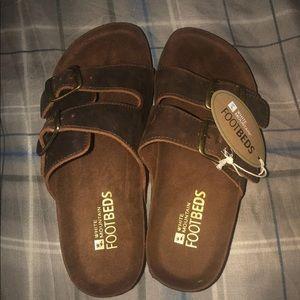 White mountain four bed sandals